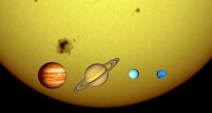 800px-Gas_giants_and_the_Sun_(1_px_=_1000_km)