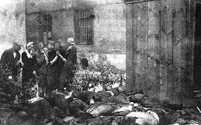 victims_of_soviet_nkvd_in_lvov2c_june_1941