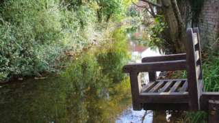 _90147050_christchurchduckingstool-millstreamgillianthomas