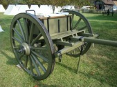 9370537_the-limber-carried-the-ammunition-for-the-cannon-as-well-as-towing-the-cannon-itself-_checkmateking2